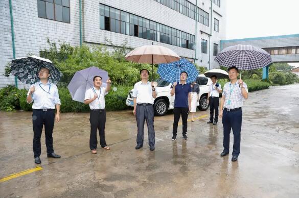临沂市网信办副主任朱泽民到鲁南制药调研新媒体工作